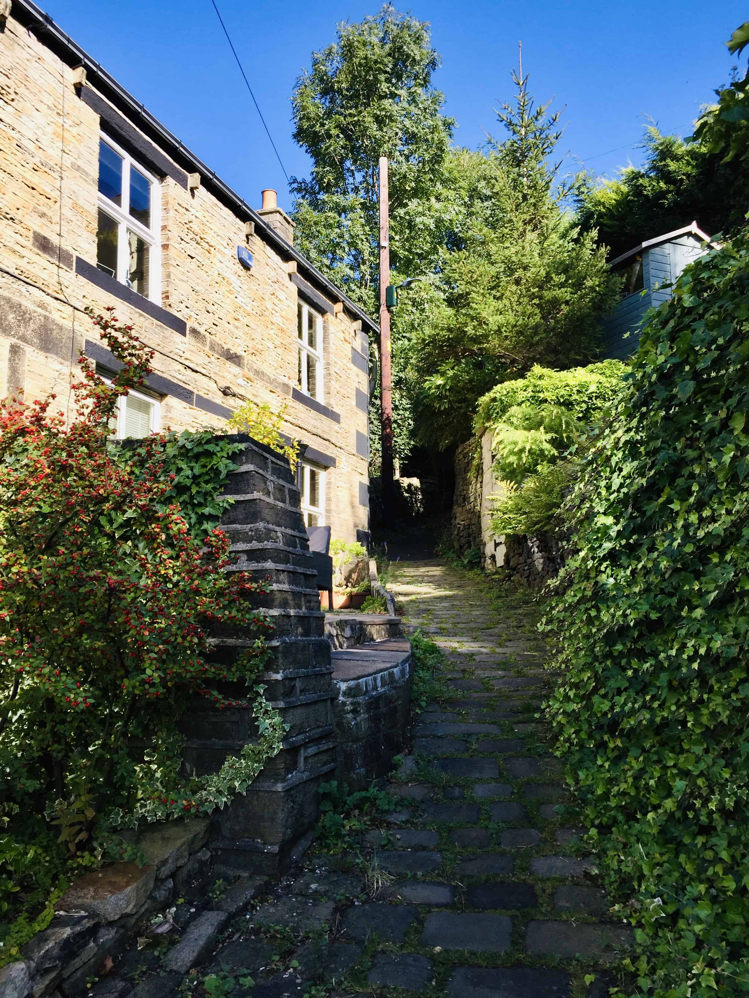 Holmfirth Weavers Cottages